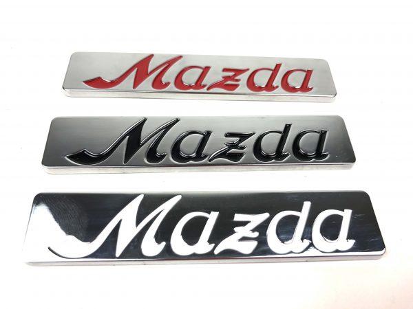 Logo Mazda-Schriftzug